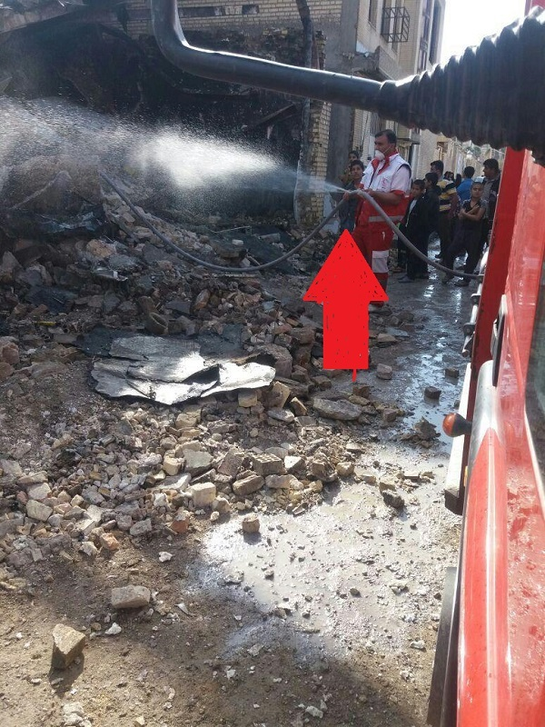 یک سال از آتش سوزی ملک خیابان ابوذر دهدشت گذشت! / نه کسی پیگیر حال و روز خسارت دیدگان شد و نه حکم نهایی صادر گردید + تصاویر و فیلم